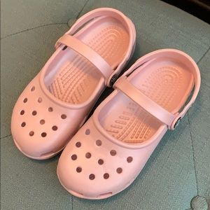 CROCS pink girls